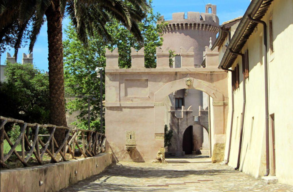 castello_santa_severa_interno